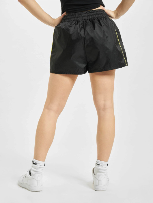 Karl Kani Shorts Small Signature schwarz