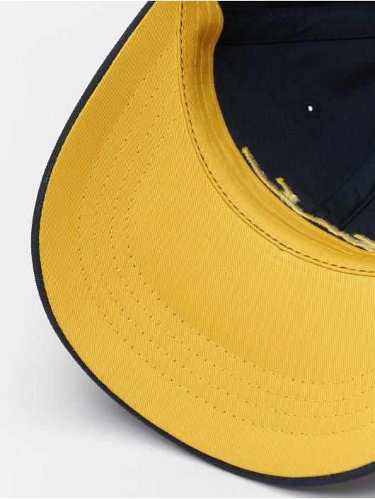 8b8d301227b652 Karl Kani Cap / snapback cap Signature Curved in blauw 621954