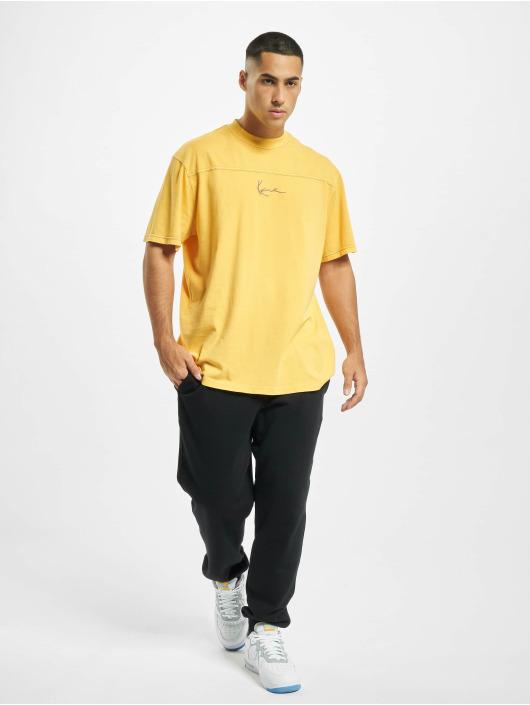 Karl Kani t-shirt Kk Small Signature Washed geel