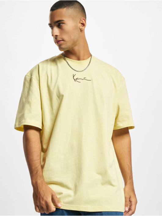 Karl Kani t-shirt Small Signature geel