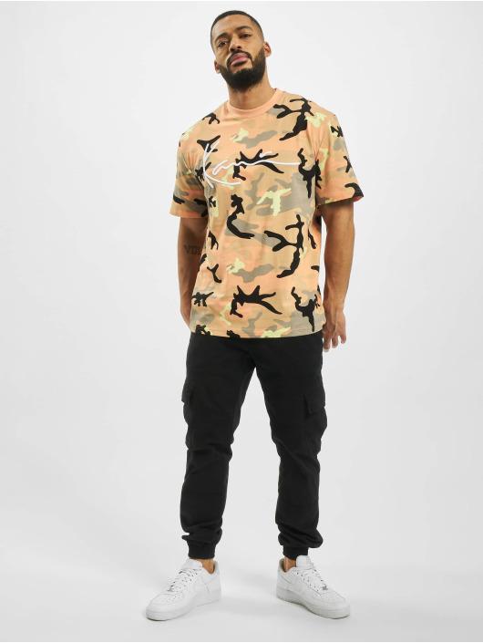 Karl Kani T-Shirty Signature Camo rózowy