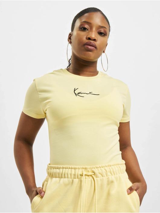 Karl Kani T-skjorter Small Signature gul