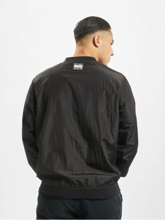 Keine Liebe Lightweight Jacket Tempeltown black