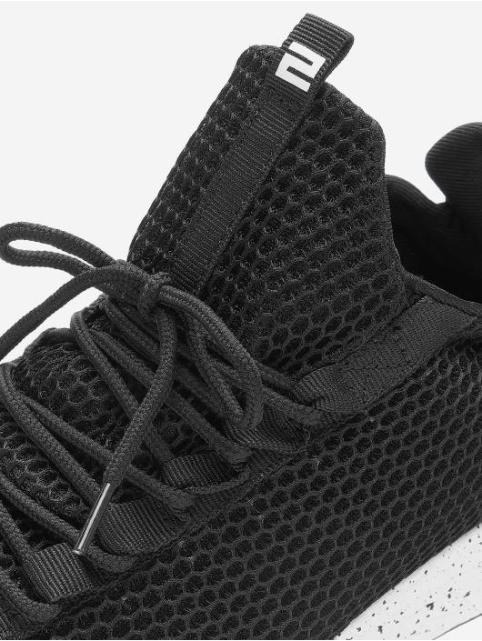 Lifted sneaker Tory zwart