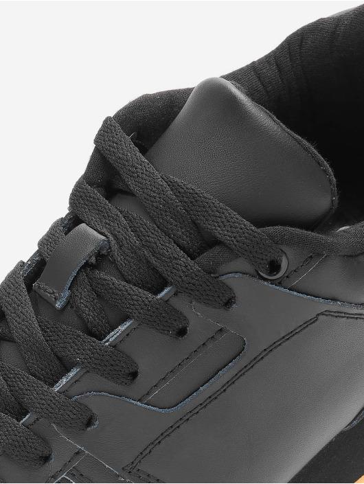 Lifted Sneakers Tim èierna