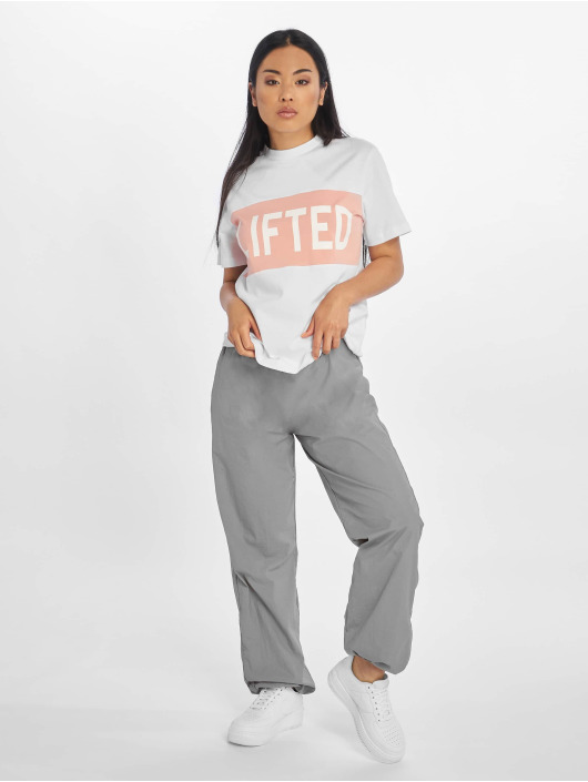 Lifted T-Shirty Tam bialy