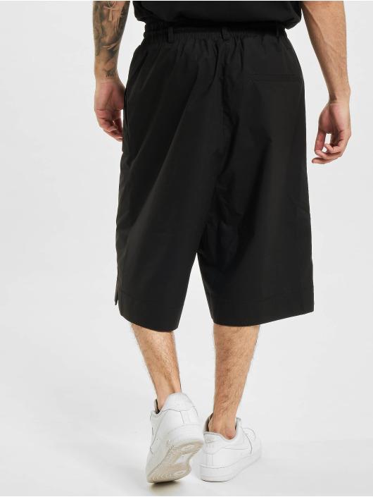 Marcelo Burlon Shorts Cross Patch Tech nero