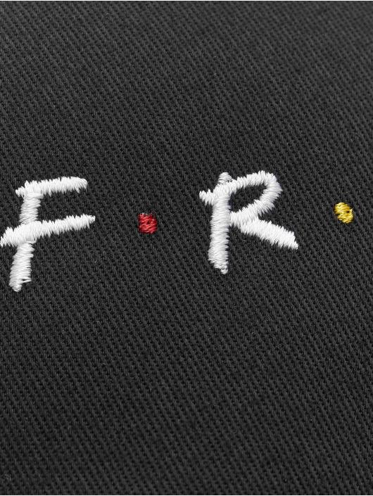 Merchcode Flexfitted Cap Friends Logo čern