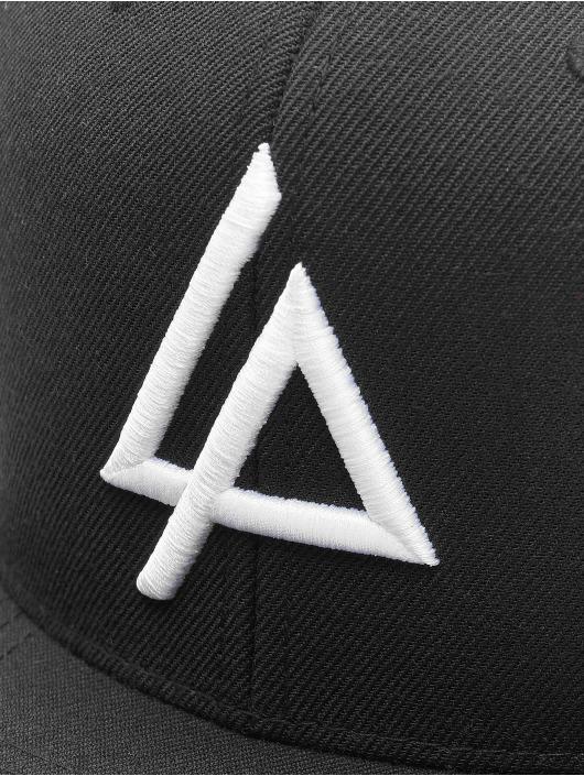 Merchcode Snapback Cap Linkin Park Logo schwarz