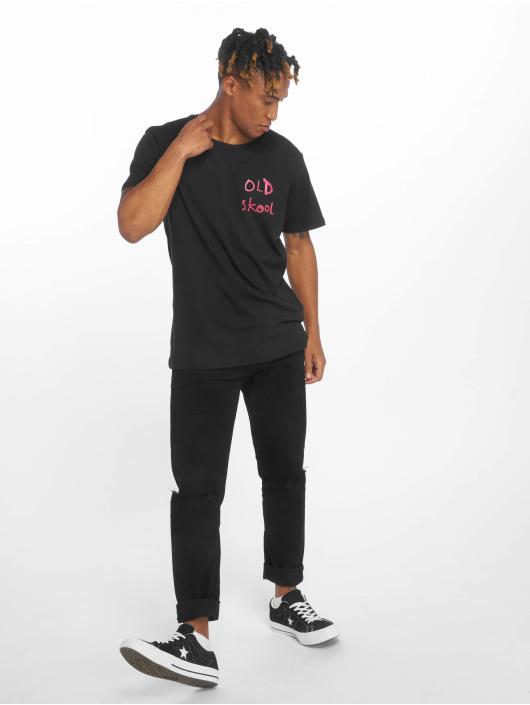Merchcode T-Shirt Banksy Old Skool noir