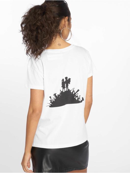 Merchcode T-Shirty Banksy Love bialy