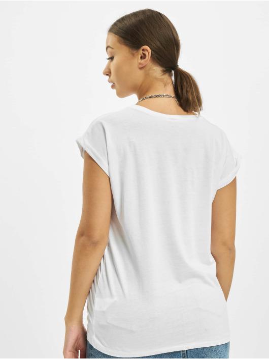 Merchcode T-skjorter Betty Boop Woke Up hvit