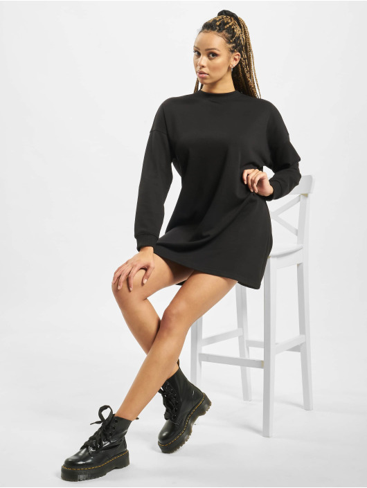 Missguided Šaty Petite Basic Sweater èierna