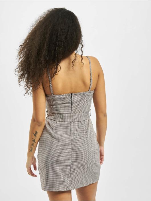 Missguided Šaty Micro Check Belted Mini Cami šedá