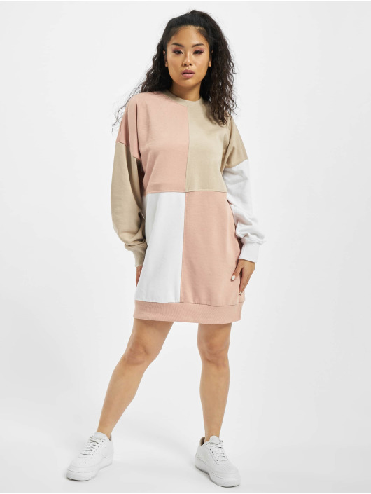 Missguided Šaty Oversized béžová