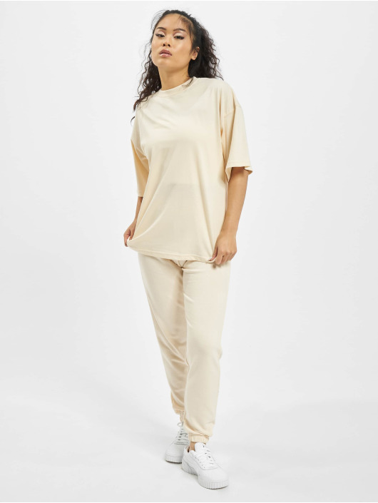 Missguided Anzug Petite Tshirt Coord Jogger beige