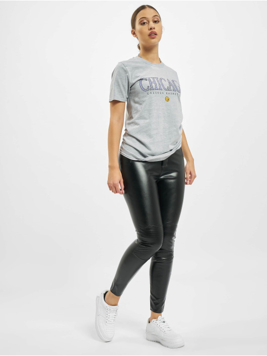 Missguided Camiseta Chicago Basketball Graphic Short Sleeve gris