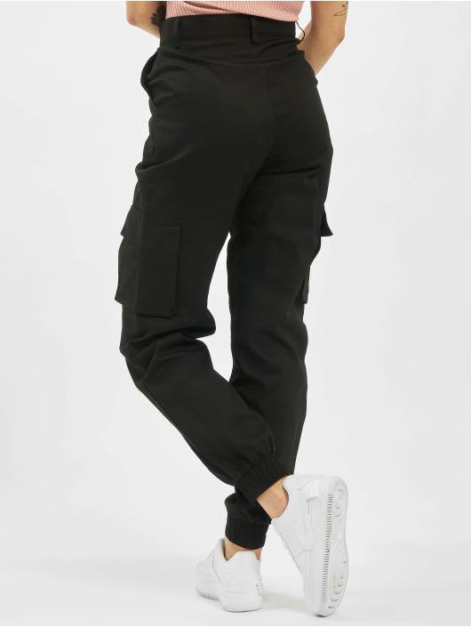 Missguided Cargo pants Petite Plain čern