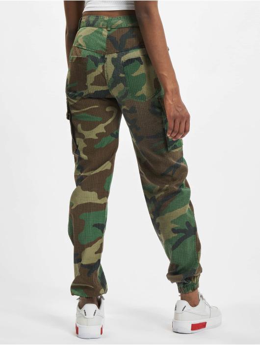 Missguided Cargo pants Premium Camo Printed hnědožlutý