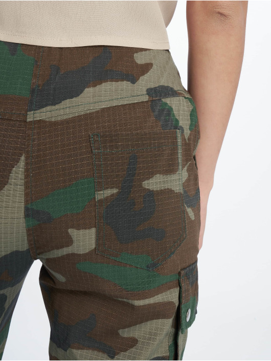 Missguided Cargohose Premium Camo Printed khaki