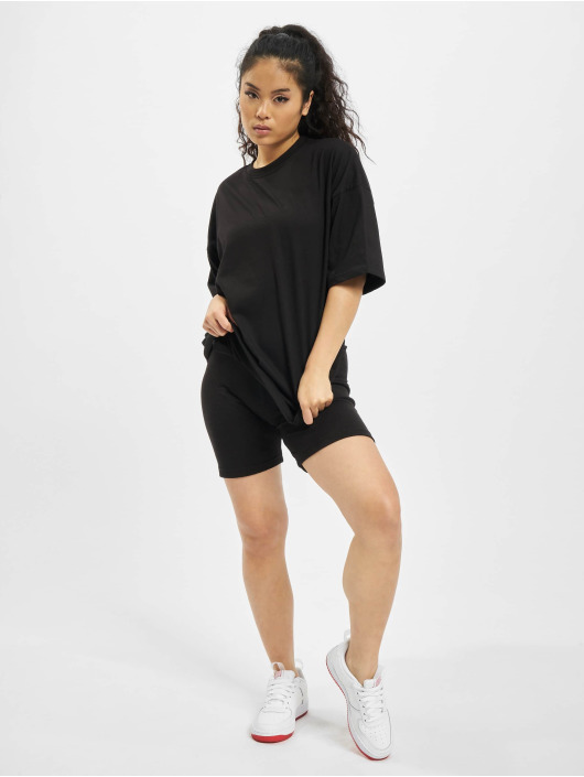 Missguided Collegepuvut Coord Tshirt & Cycling musta