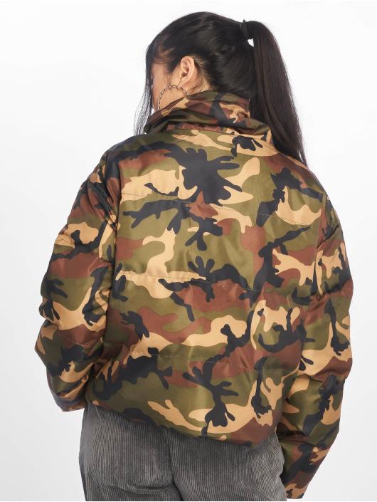Missguided Gewatteerde jassen Crop Camo camouflage