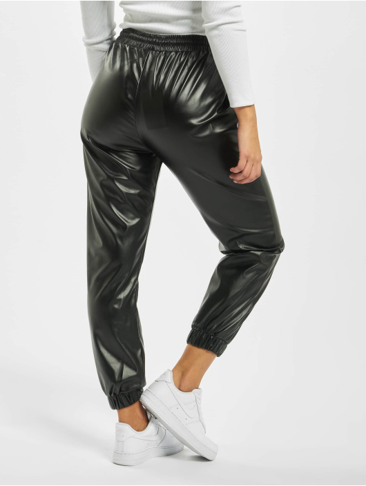 Missguided joggingbroek Petite PU zwart
