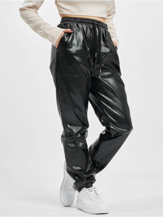 Missguided Joggingbyxor Faux Leather svart