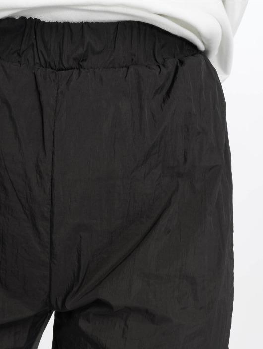 Missguided Jogginghose 80s Nylon schwarz