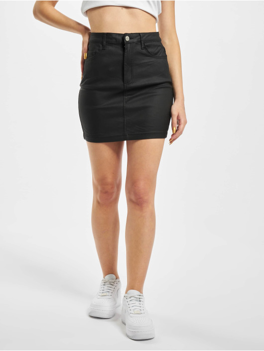 Missguided Jupe Petite Coated Superstretch Mini noir