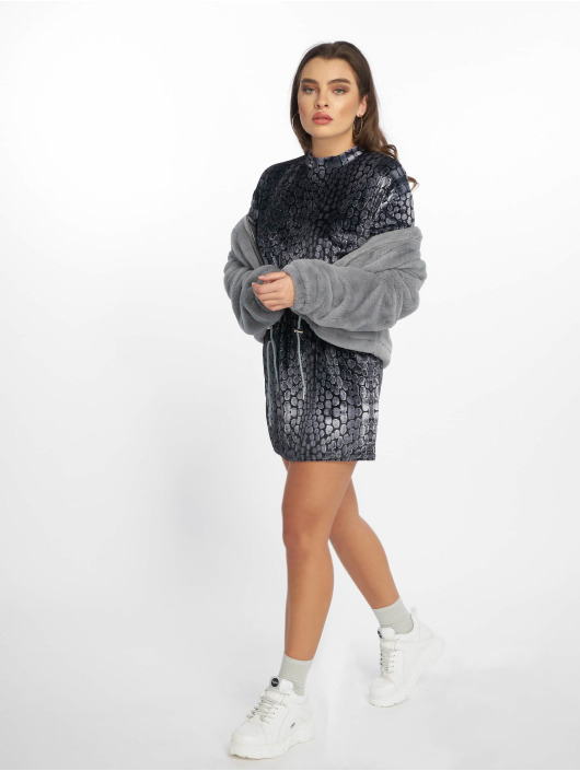 Missguided jurk Oversized High Neck Velvet zwart