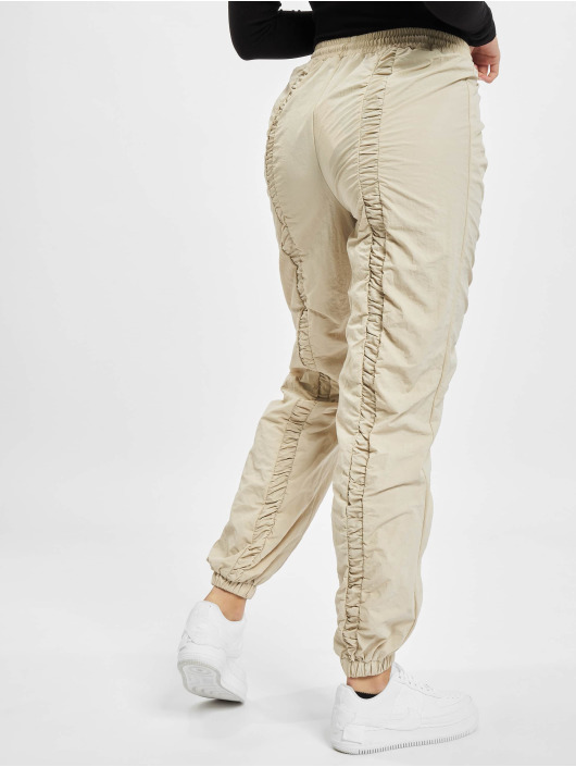 Missguided Pantalón deportivo Nylon Ruched Front Oversized beis
