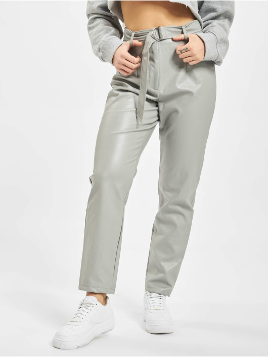 Missguided Pantalone chino Faux Leather Belted Cigarette grigio
