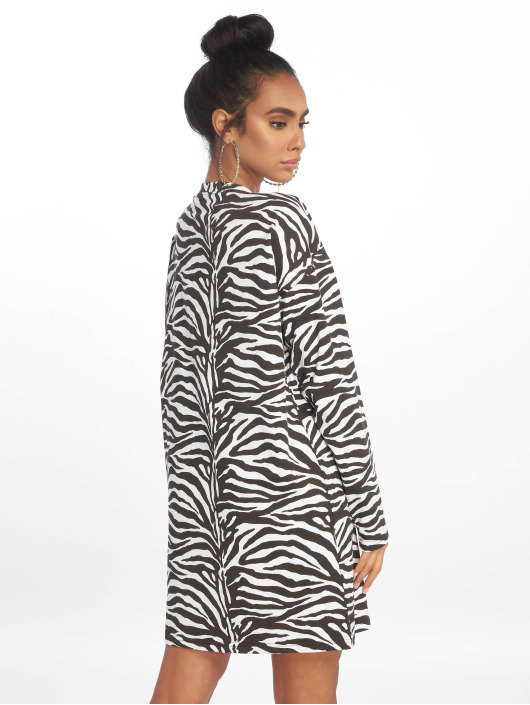 Missguided Robe Oversized LL Zip Front noir