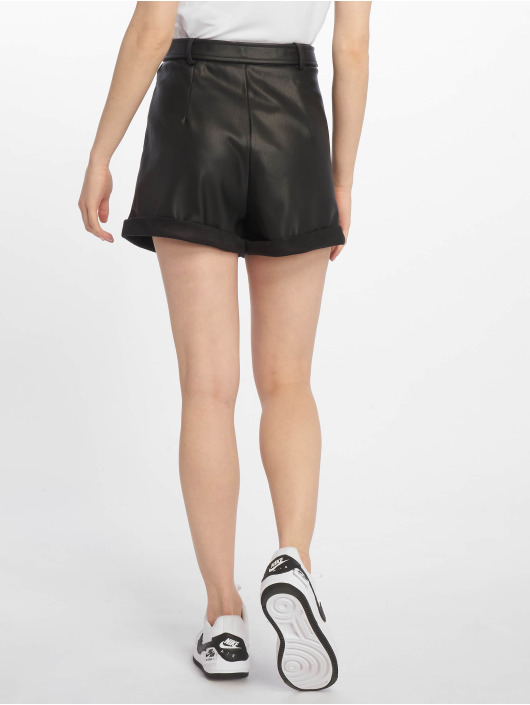 Missguided Shorts Faux Leather Belted svart