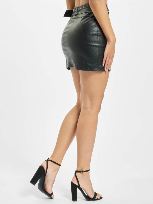 Missguided Spódniczki Faux Leather Buckle Detail czarny