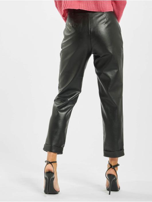 Missguided Spodnie wizytowe Petite Faux Leather Hem Cigarette czarny