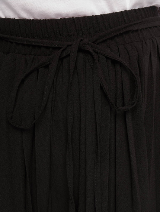 Missguided Stoffbukser Pleated svart