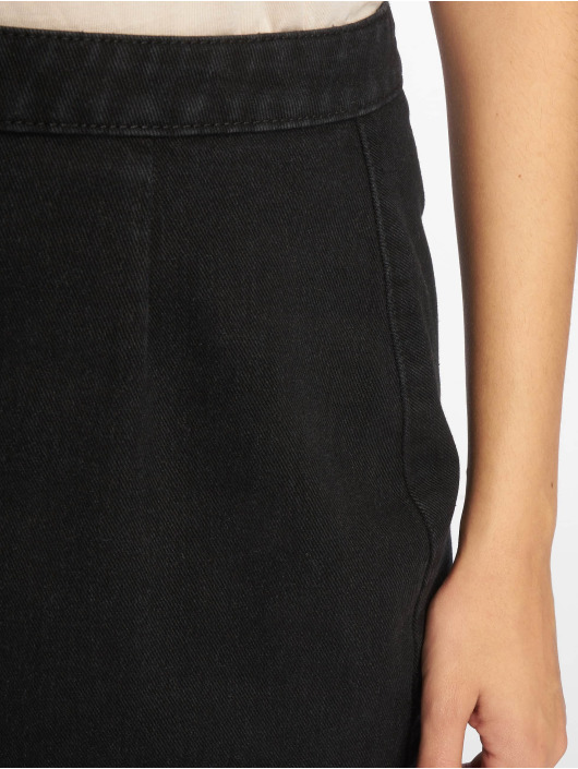 Missguided Sukňe Fray Hem èierna