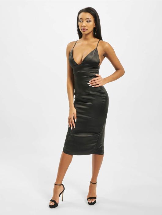 Missguided Sukienki Stretch Satin Cupped Cami Midi czarny
