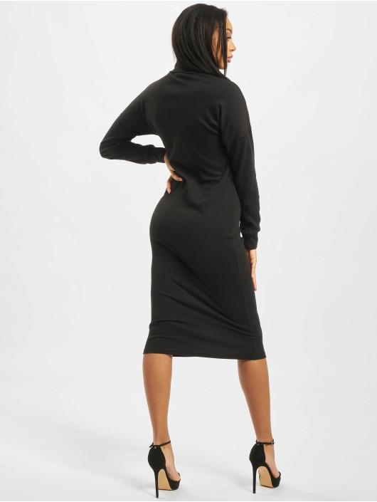 Missguided Sukienki Oversized Ribbed Roll Neck Longsleeve czarny