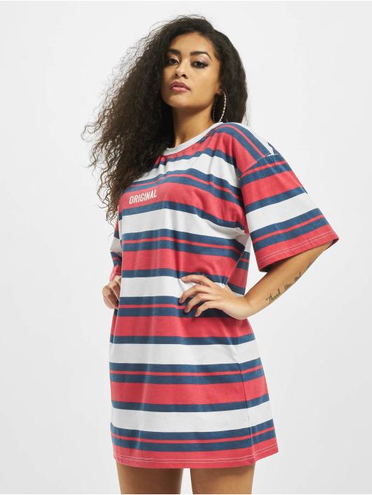 Missguided Sukienki Oversized Shortsleeve Original T-Shirt czerwony