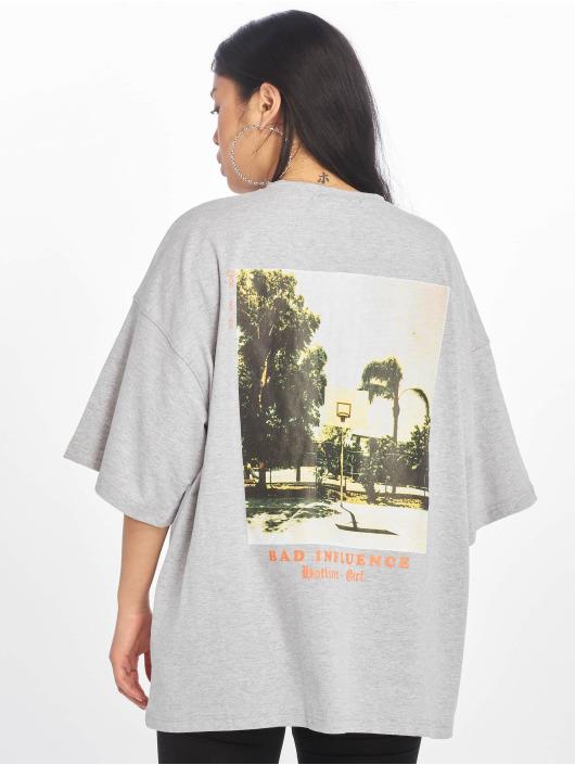 Missguided T-skjorter Bad Influence Graphic grå