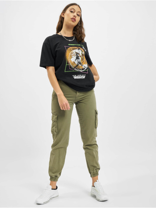 Missguided Trika Shooting Hoops Graphic Short Sleeve Oversized čern