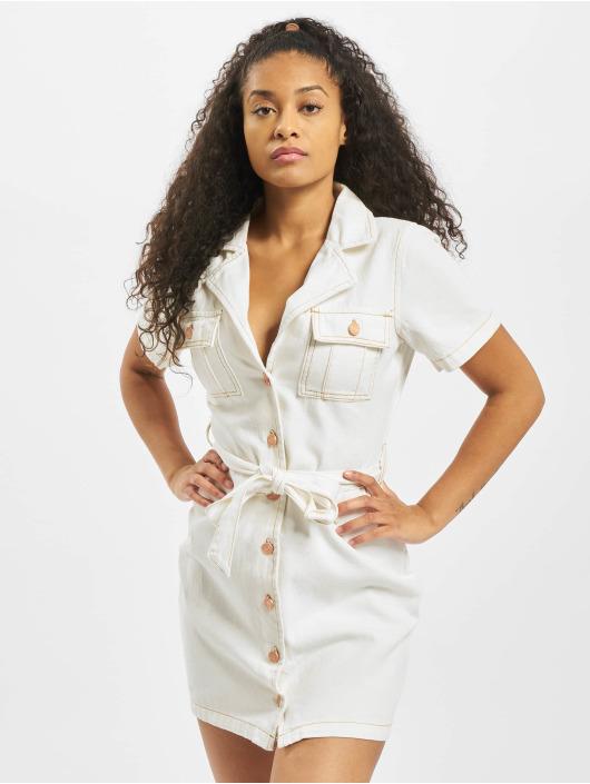 Missguided Vestido Contrast Stitch Self Belt blanco