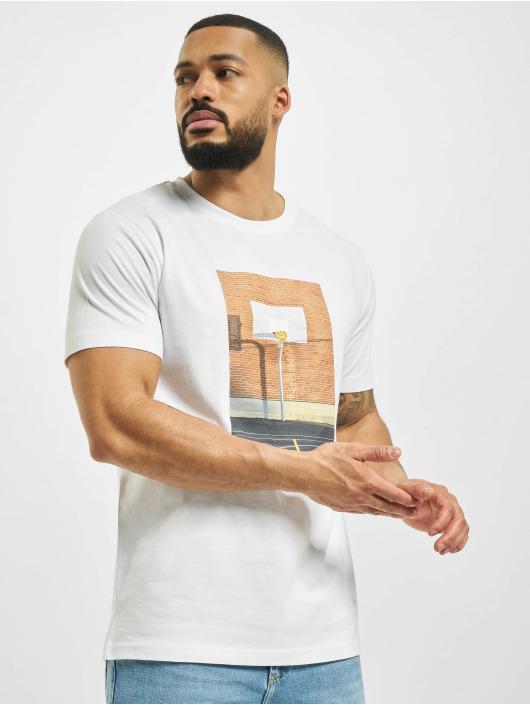 Mister Tee Camiseta Pizza Basketball Court blanco