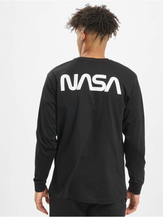 Mister Tee Camiseta de manga larga NASA Worm Logo negro
