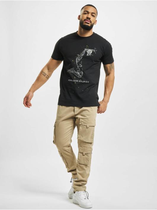 Mister Tee T-paidat Space Dunk musta