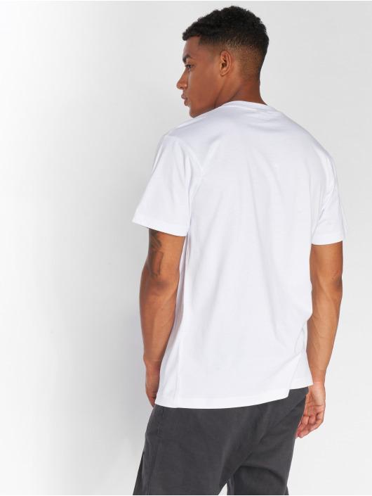 Mister Tee T-paidat Free Willy valkoinen