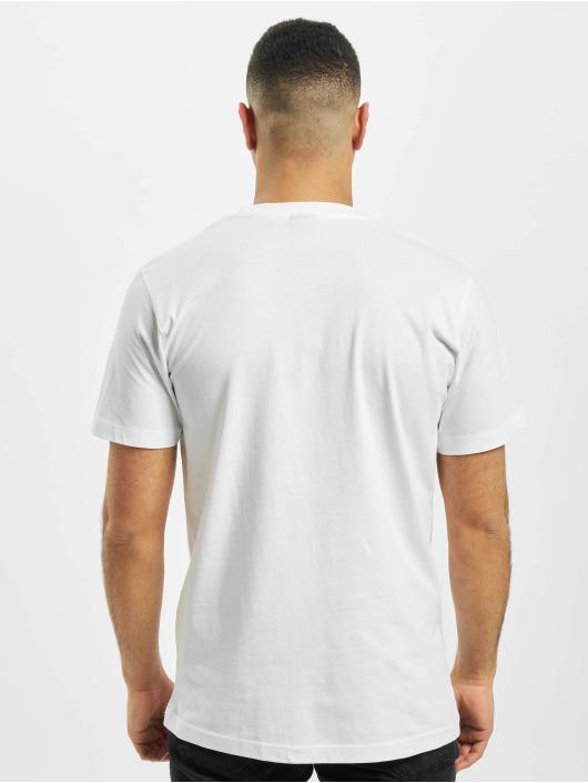 Mister Tee T-paidat NASA Moon Man valkoinen